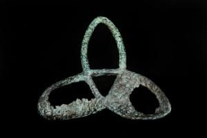 Trias, beeld in brons